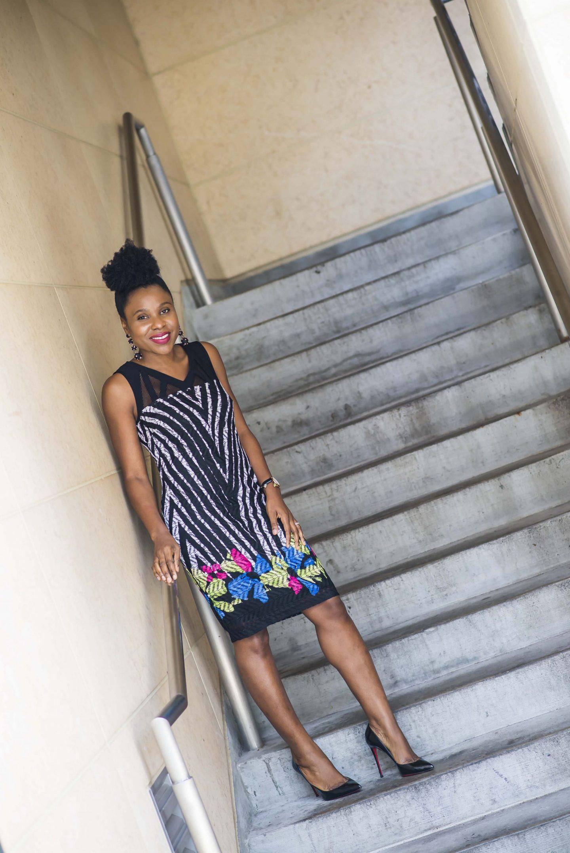 sleeveless detail strap dress
